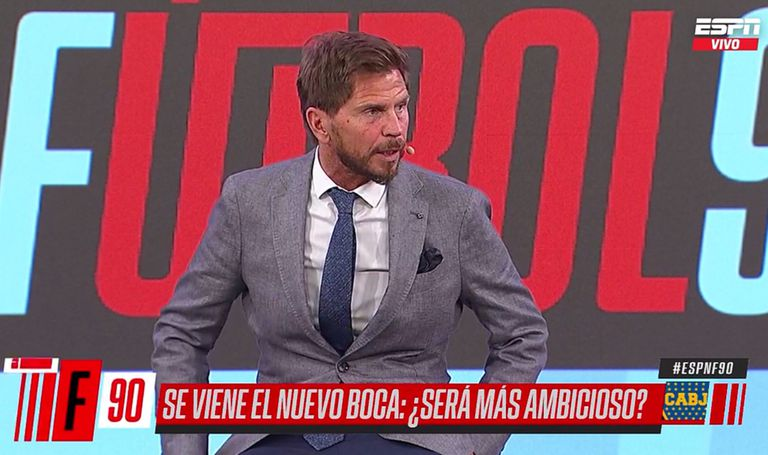 """Vignolo, sobre el 11 de Boca: """"No crean que Tevez va a ser titular indiscutible"""""""