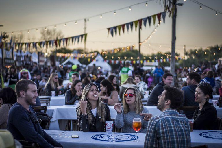 Vuelve un clásico festival gastronómico a metros del río