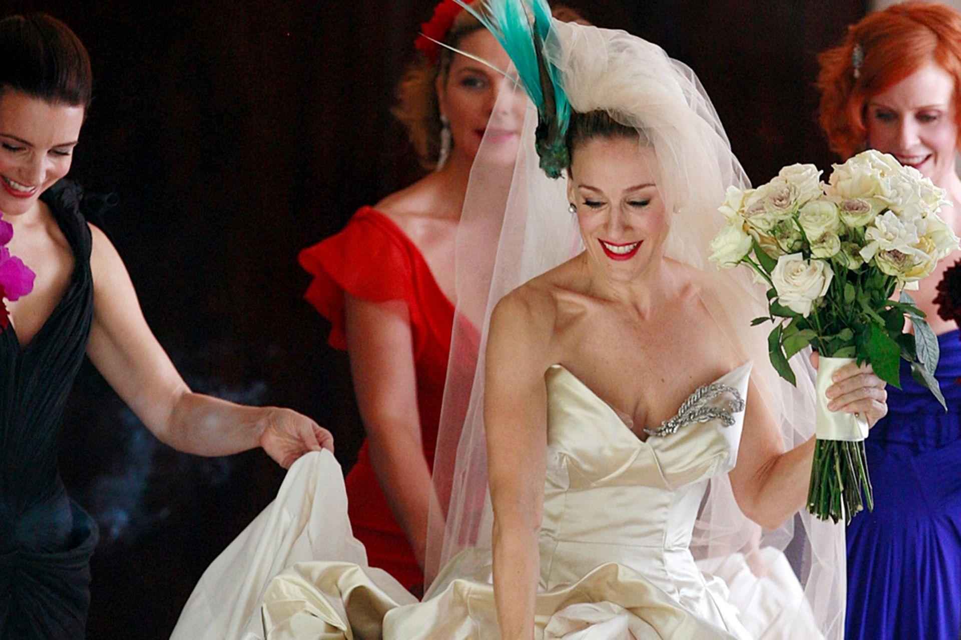 Carrie Bradshaw (Sarah Jessica Parker) se casa en Sex and the City