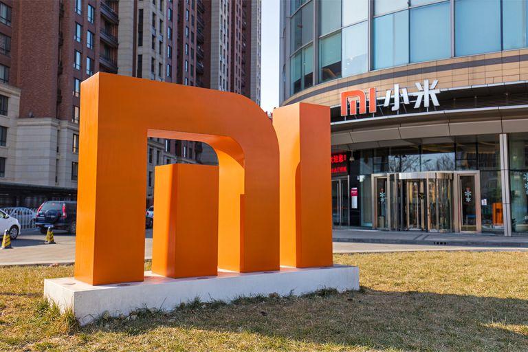 El logo de Xiaomi en sus oficinas en Shanghai