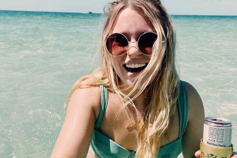 Jennifer estaba en su luna de miel y decidió compartir un momento feliz en sus redes sociales, pero tuvo un descuido que llamó la atención de sus seguidores