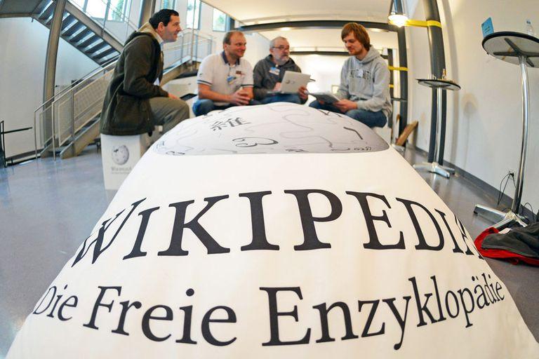 Miembros de la enciclopedia libre durante la conferencia WikiCon 2013 que se realizó en Karlsruhe, Alemania