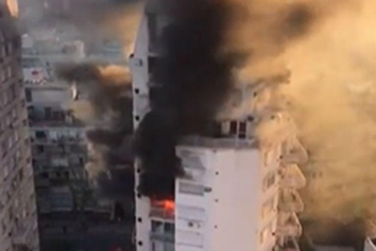 Un voraz incendio calcinó un departamento