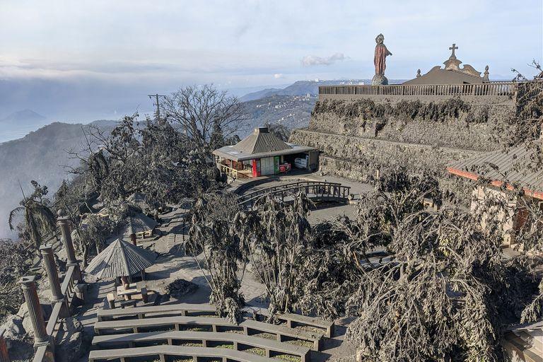 Filipinas: miles de evacuados tras la erupción del volcán Taal
