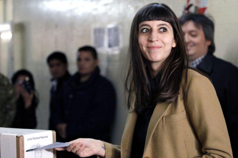 Avanzan los preparativos para juzgar a Florencia Kirchner, que sigue en Cuba