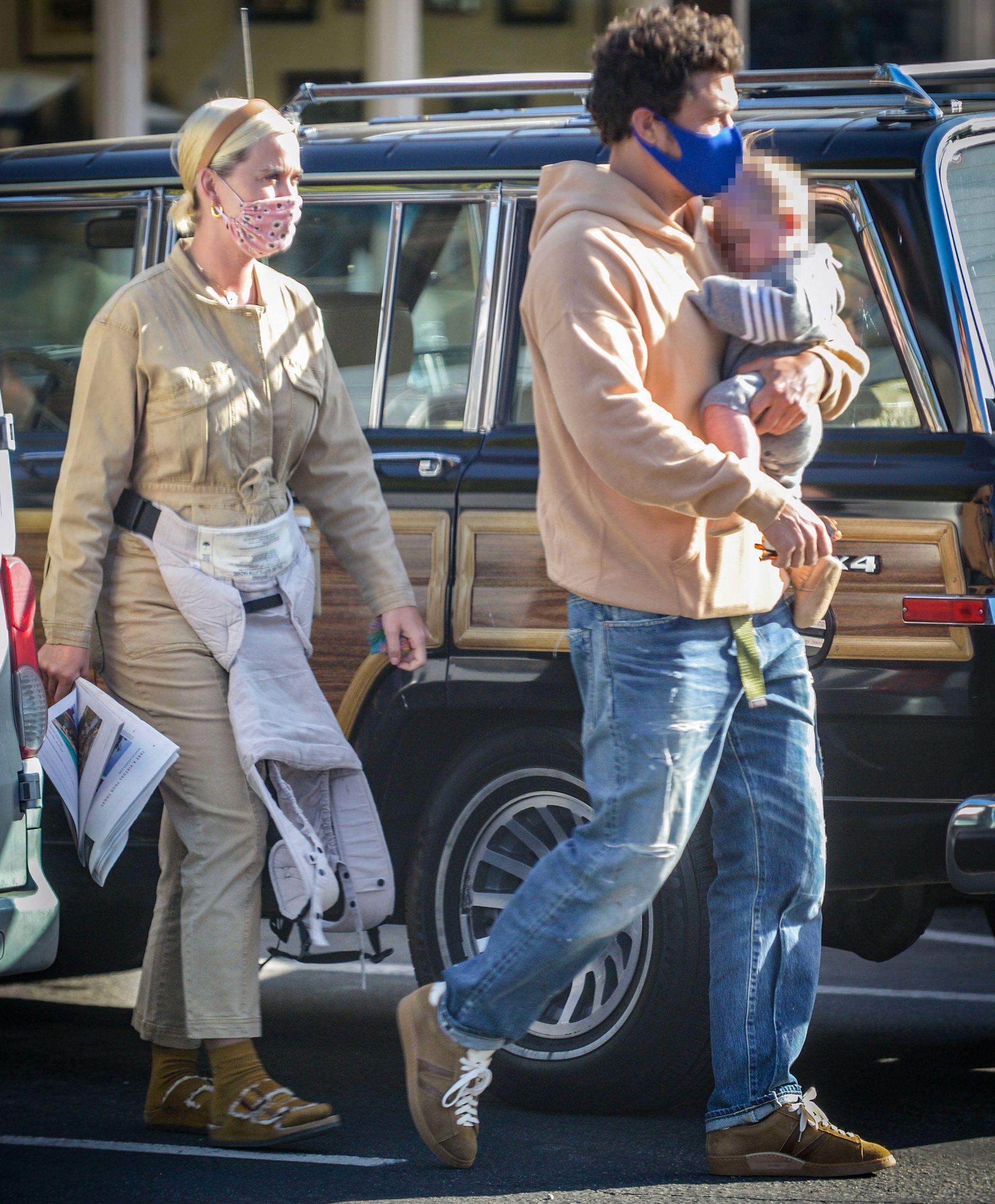 En Santa Barbara, Katy Perry celebró su primer día de la madre junto a su pareja, Orlando Bloom, y la hija de ambos, Daisy Dove Bloom. En una fecha tan especial, el actor dedicó a la cantante un emotivo mensaje a través de las redes sociales