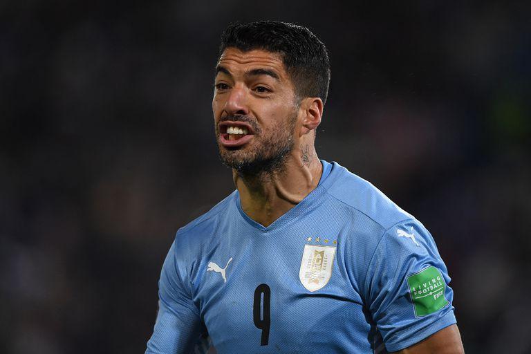 Suárez, furioso por la anulación de un gol suyo para Uruguay