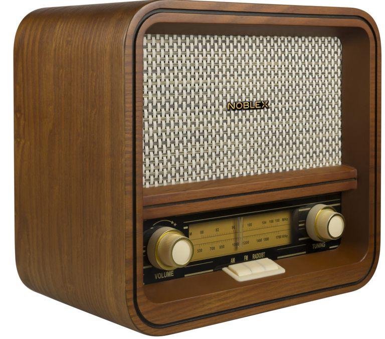 Hoy se celebra el Día de la Radio en el país
