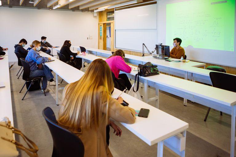 Ya hay universidades, como la UTDT, que regresaron a la presencialidad de manera gradual