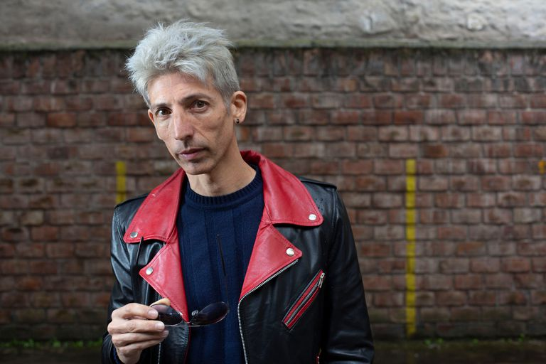 Federico Moura: el sobrino que canta como su tío y es hijo de un desaparecido