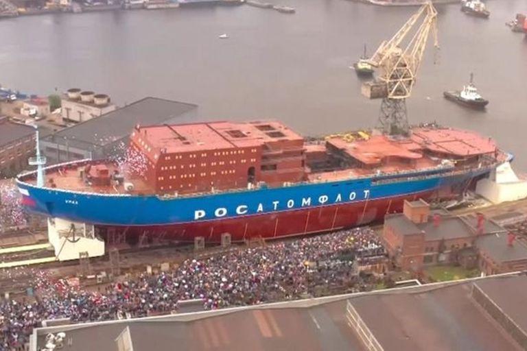 Artico: Rusia estrena un rompehielos nuclear para mantener el tráfico