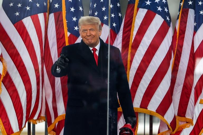 """El presidente Donald Trump habla en el mitin """"Stop The Steal"""" el 6 de enero de 2021 en Washington, DC"""