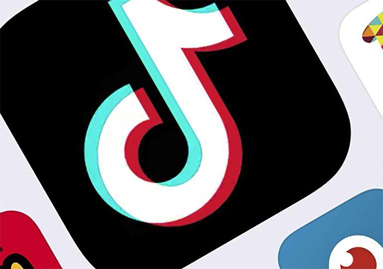 ARCHIVO - En esta fotografía del 25 de febrero de 2020 se muestra el ícono de la aplicación de TikTok en Nueva York. (AP Foto/Archivo)