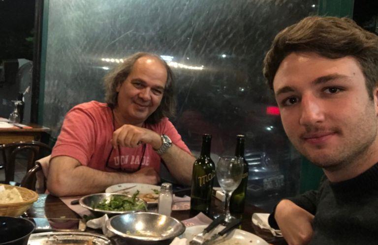 La foto que Guillermo Rossi compartió junto a su hijo, Franco, en las redes