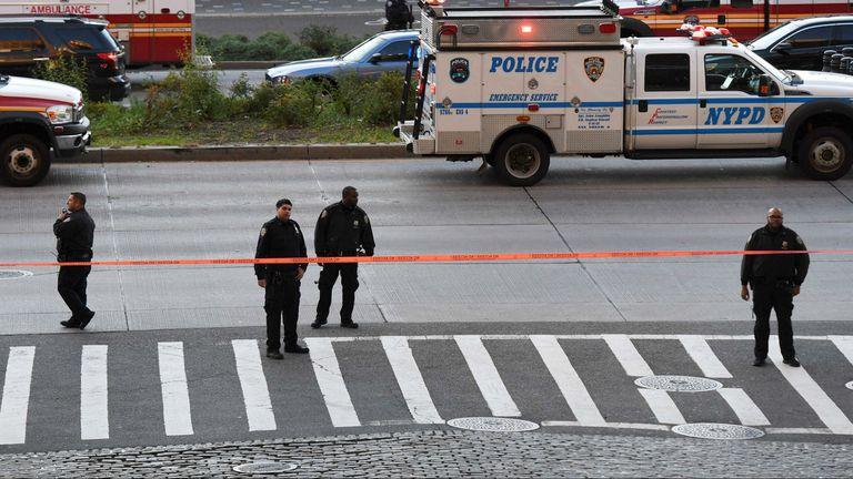 Rápidamente un cordón policial se armó en la zona del atentado