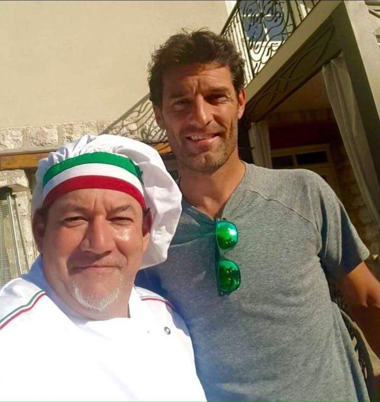 El día que el expiloto australiano de Fórmula 1 Mark Webber se sentó a la mesa del restaurante donde cocinaba Bragagnolo