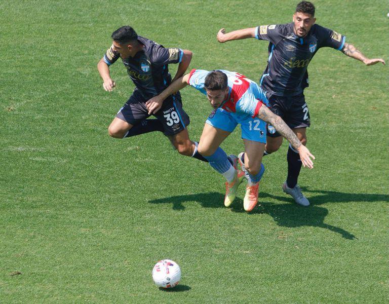 Con el 0 a 0, Atlético Tucumán no pudo despegar y Arsenal sigue último en el Torneo 2021