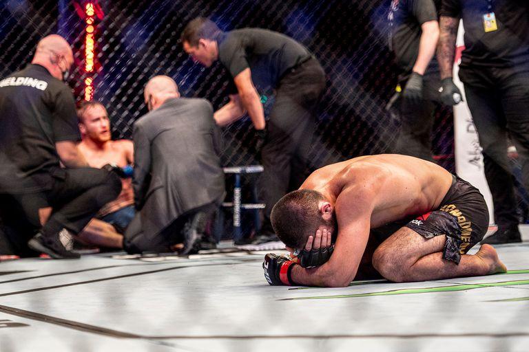 KO y sorpresa. El rey de la UFC rompió en llanto tras destrozar a su rival