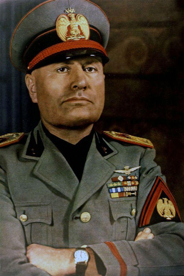 Benito Mussolini, Il duce (conductor)