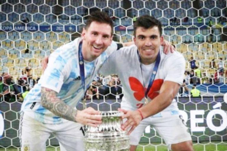 """Marcos """"Huevo"""" Acuña sorprendió a todos con un emotivo homenaje en el festejo de la selección argentina, tras consagrarse campeona en la Copa América 2021"""