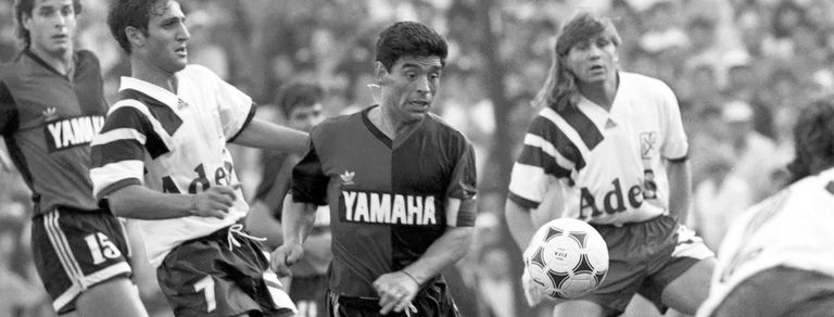 Cuando Maradona fue de Newell's: esa irresistible necesidad de sentirse querido