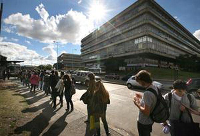 Alumnos de la UBA en la Ciudad Universitaria