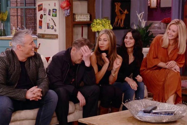 Los creadores de Friends respaldaron el desempeño de Perry en la reunión