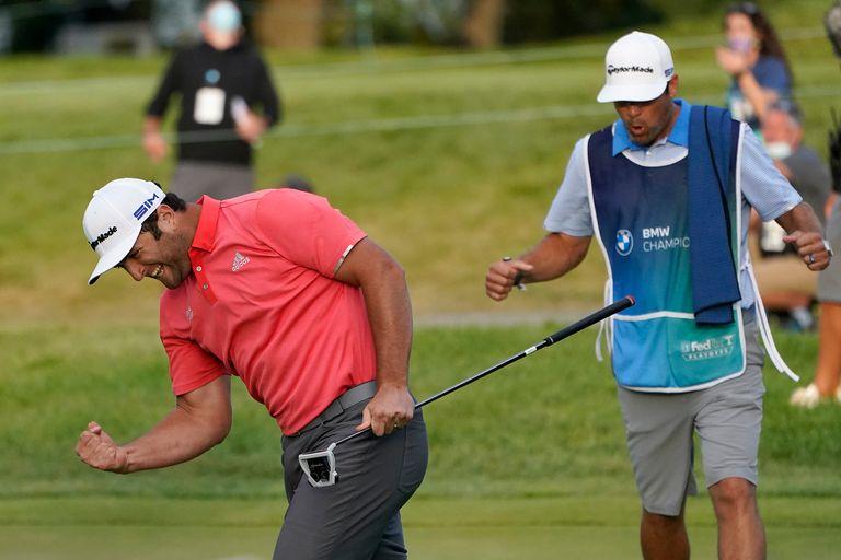 """Jon Rahm: los """"golazos"""" del Nº 1: cómo se maneja el golfista vasco bajo presión"""