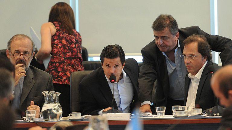 Amadeo, Laspina, Negri y Giustozzi, en el plenario de comisiones de ayer