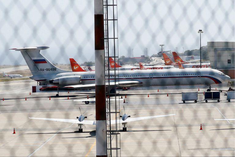 Un avión ruso en el aeropuerto de Caracas, en marzo de este año