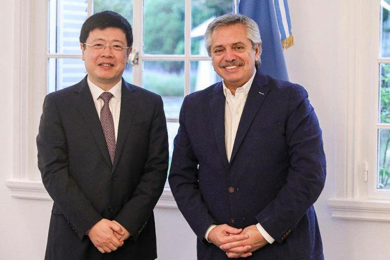 El embajador Zou Xiaoli acordó con el presidente Alberto Fernández una ayuda a la Argentina en el marco de la pandemia del coronavirus, en marzo pasado