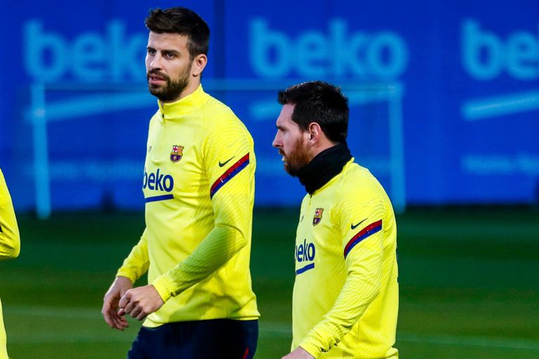 Barcelona. El plantel, con Messi: respaldo, palabras duras y unión interna