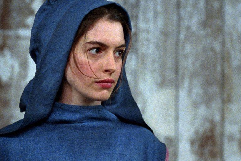Hathaway, la joven que tiene todas las chances de llevarse el Oscar a mejor actriz de reparto