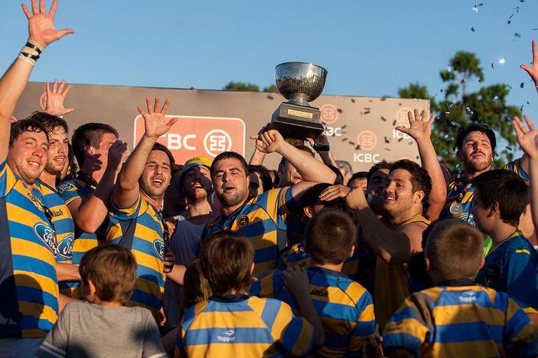 La Copa del Nacional de Clubes y el festejo de Hindú