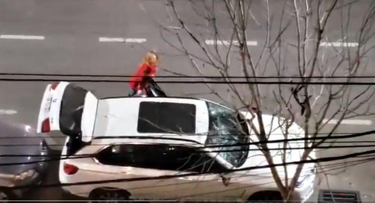 Una mujer destrozó una camioneta en Santa Fe con un matafuego y fue detenida por la policía