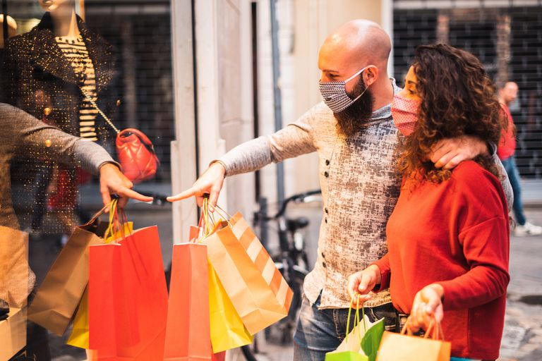 Cayeron las ventas minoristas, pero esperan un repunte por el Día del Padre