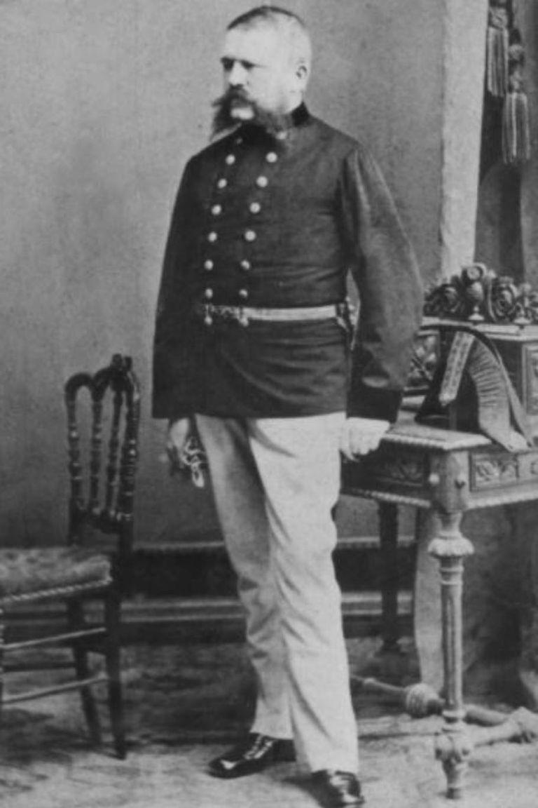 Alois Hitler, el padre del dictador, era un agente de aduanas presuntuoso, según lo que surge de las cartas que le enviaba a un amigo y que ahora se recopilan en un libro
