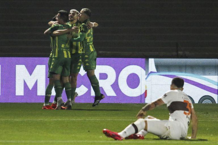 Platense - Aldosivi, por el Torneo 2021: el Tiburón se recuperó y se impuso en Vicente López con un gol de Guzmán - LA NACION