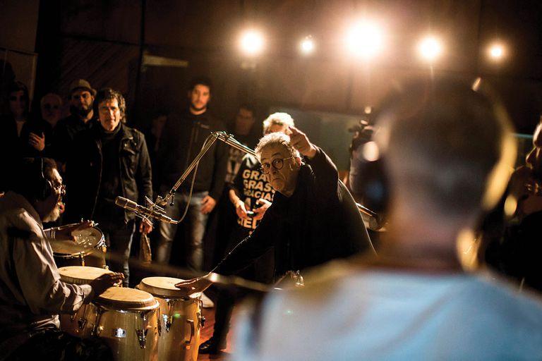 Billy Bond, en 2018, durante las sesiones para grabar nuevas versiones de clásicos de La Pesada.