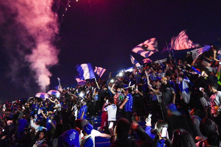 El desborde en las tribunas por los 100 años de Godoy Cruz