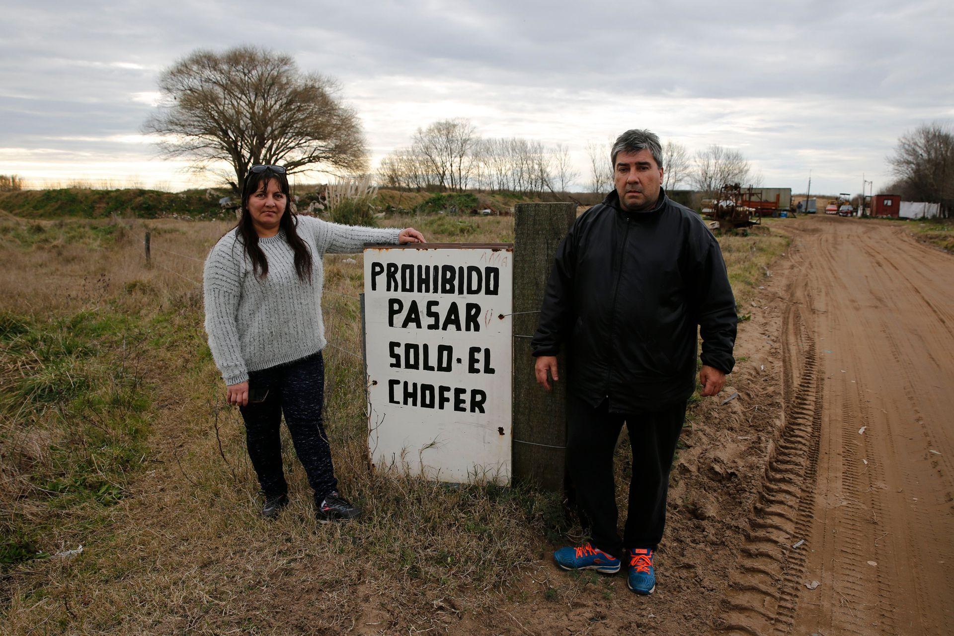 Alejandra Santa Cruz, de 51 años y Marcelo De Vita, de 54. Ambos vecinos del basural Pavon