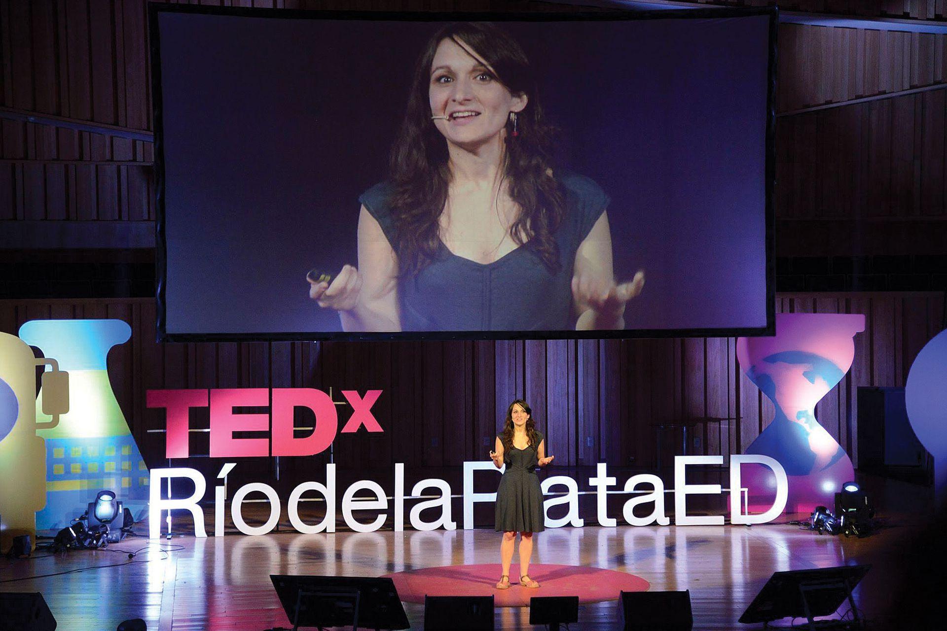 Una pregunta de sus hijos inspiró una de sus charlas TED.