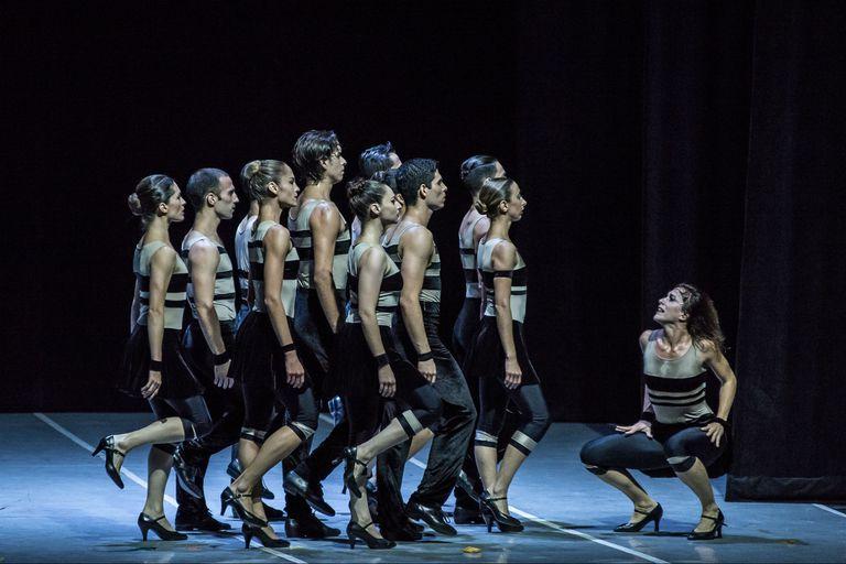 Un Bolero de Ravel contemporáneo por el elenco del Teatro San Martín