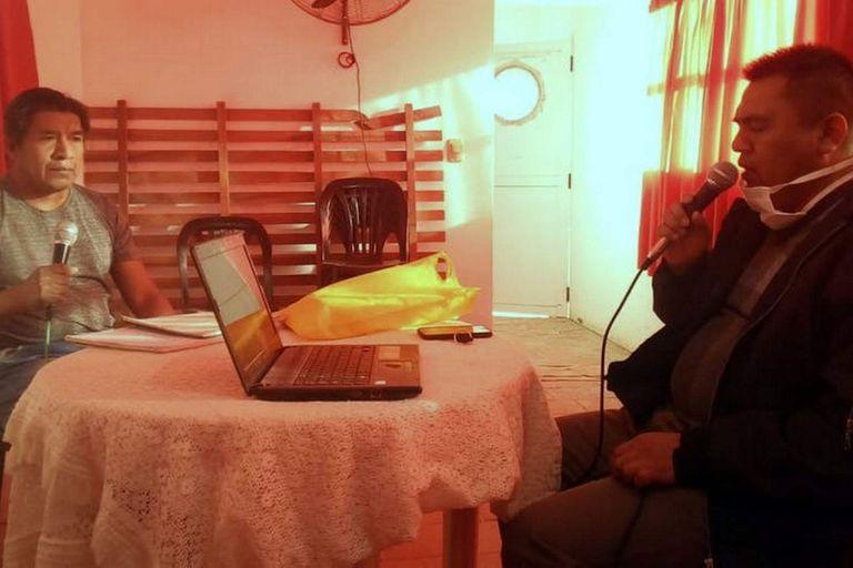 La Escuela Cacique Francisco Supaz utiliza la radio para transmitir las clases en español y en wichí en la zona conocida como el Impenetrable chaqueño