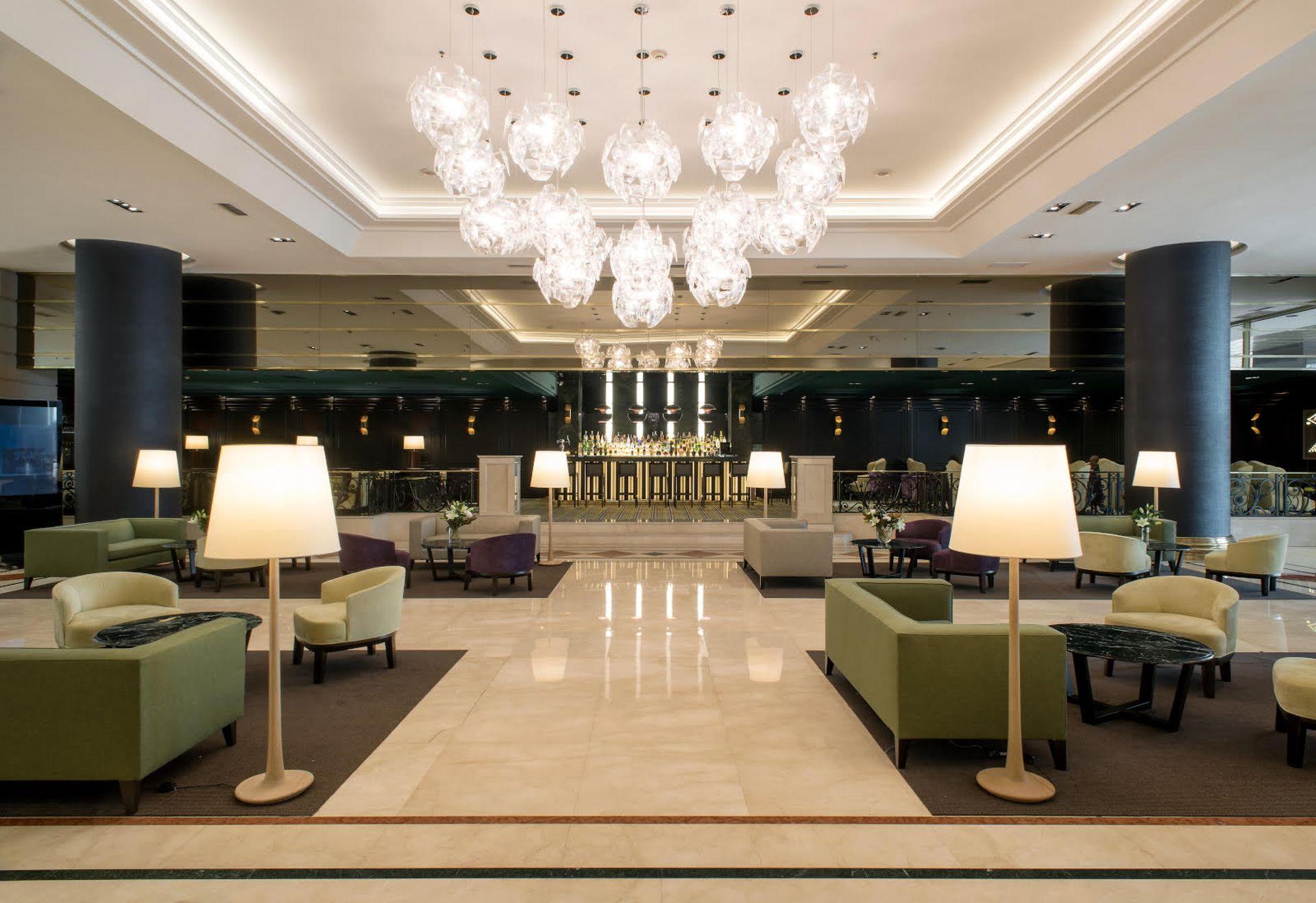 Lobby de el hotel Emperador