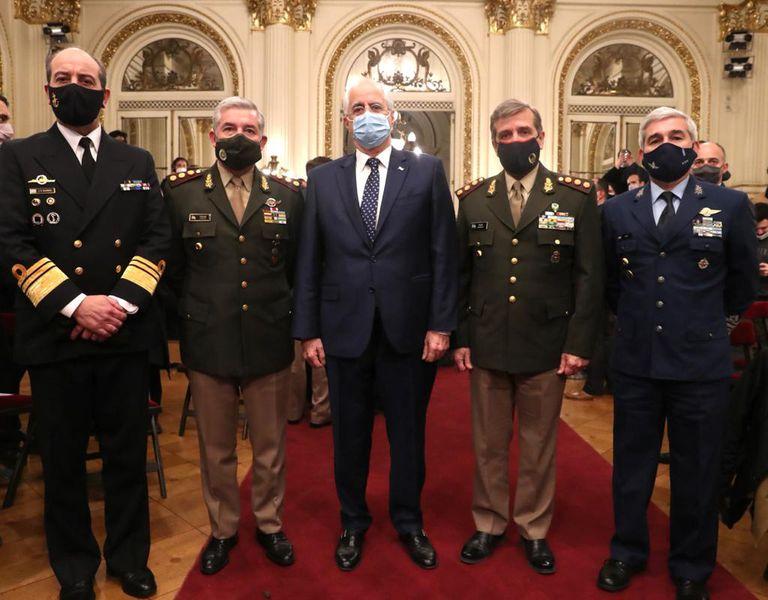Aprueban los ascensos de 180 jefes militares después de siete meses de demora