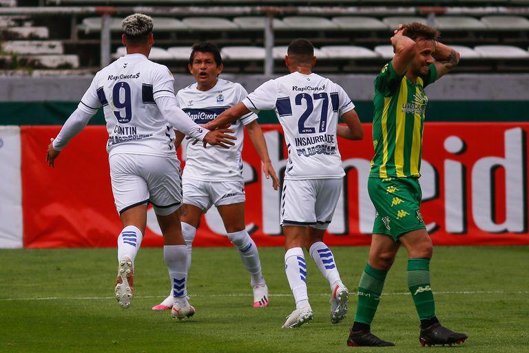 Aldosivi se hunde: Gimnasia aprovechó todas las ofertas y le ganó 3-1 en Mar del Plata