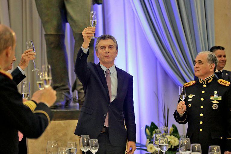 Macri ratificó la reforma militar y el envío de fuerzas a la frontera norte