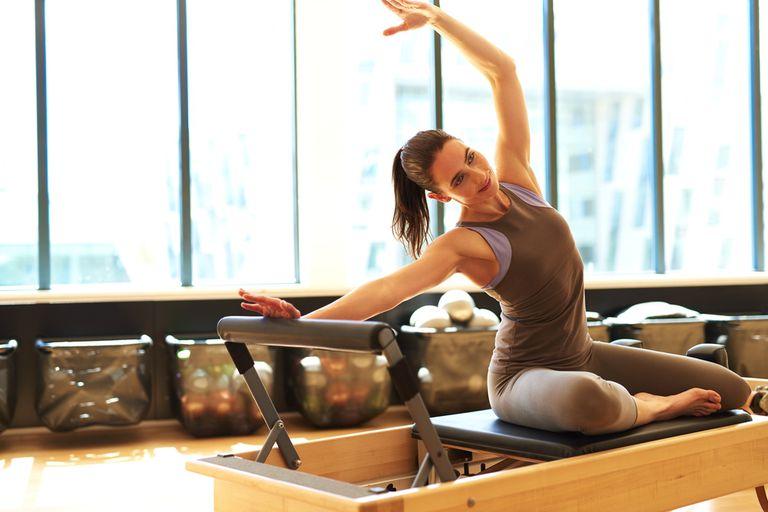 Los ejercicios de Pilates mejoran la resistencia, la fuerza, la elongación y flexibilidad