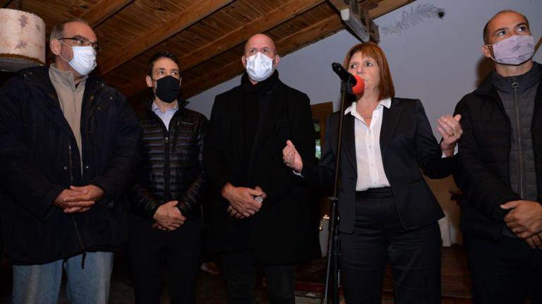 Patricia Bullrich viajó a Bariloche para presentar su libro Guerra sin cuartel